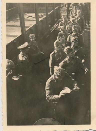1941-a-la-gare_11