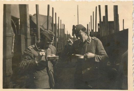 1941-a-la-gare_12